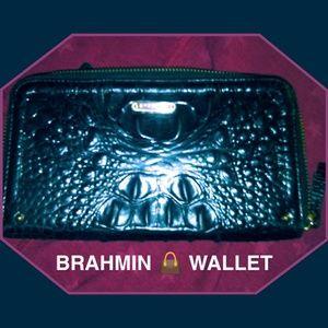 BRAHMIN FULL SIZE WALLET IN VERY GOOD SHAPE!!!!